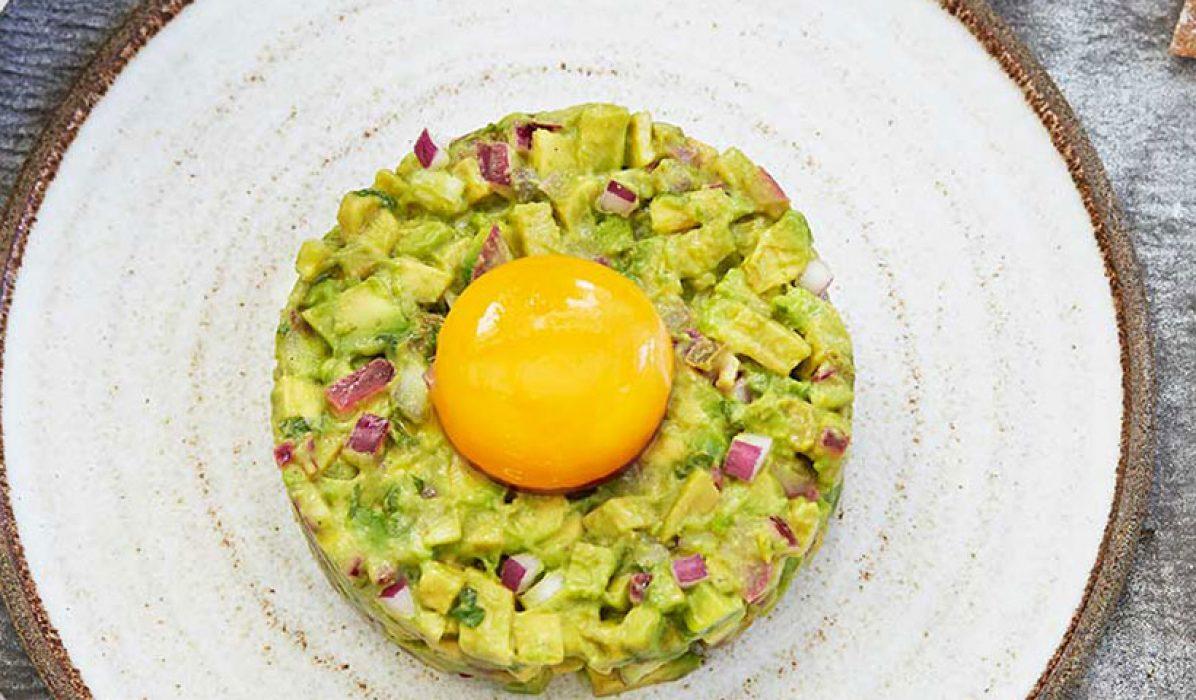 Avokadotartar-med-eggeplomme0