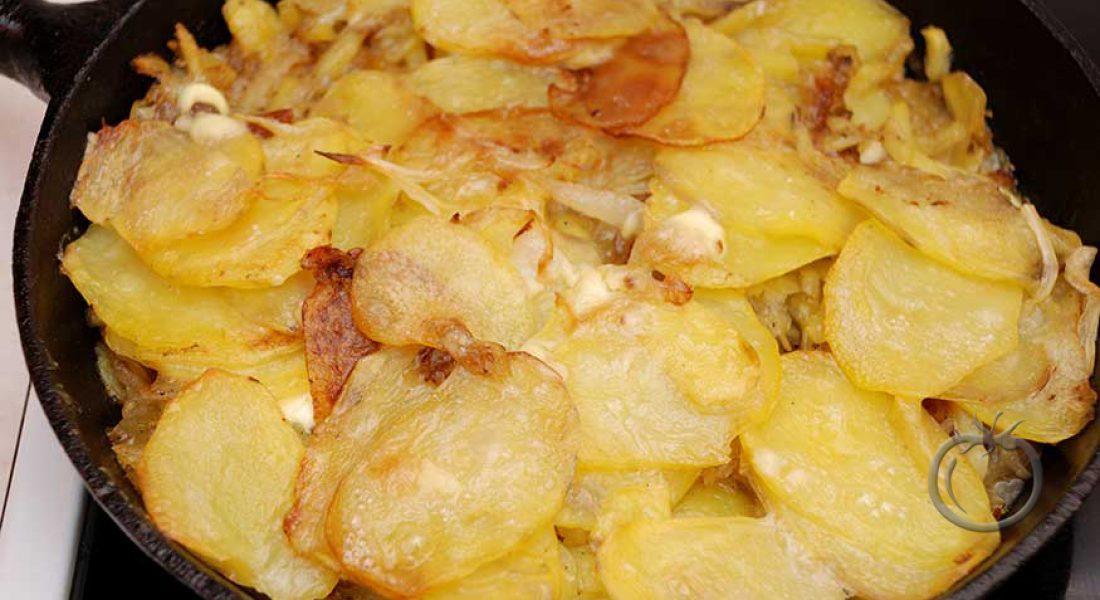 Buljonggratinerte poteter