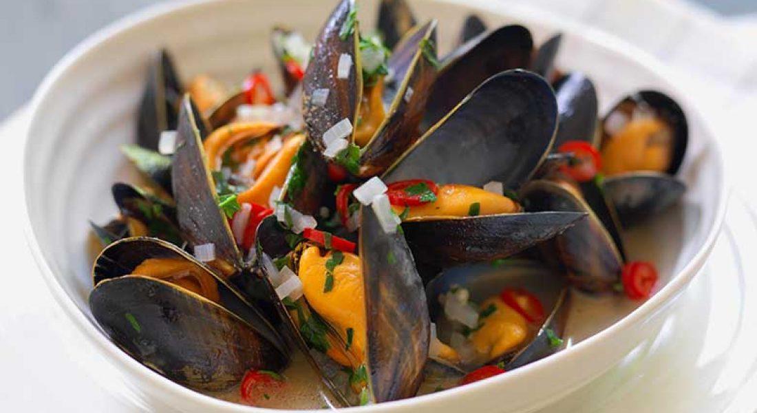 Dampede blåskjell med hvitløk og chili