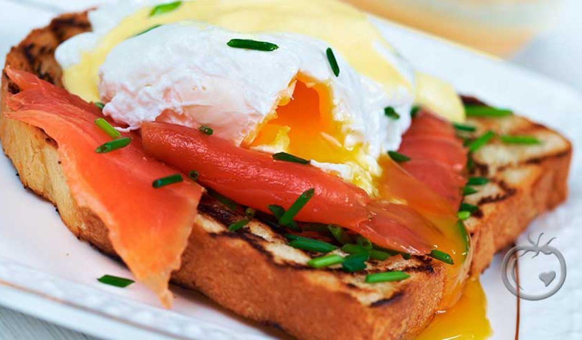 Egg Bènèdictine med spekeskinke