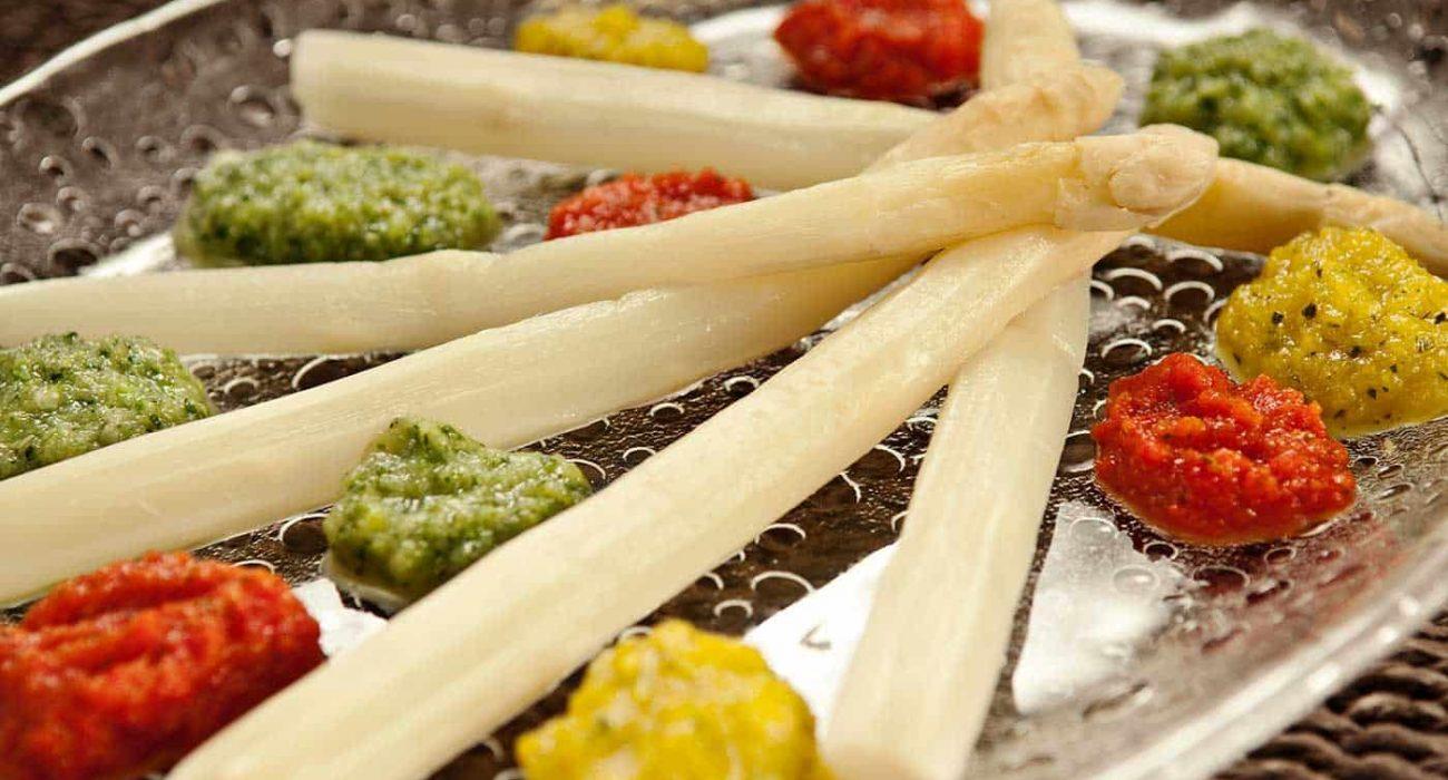 Fargepalett-med-hvit-asparges