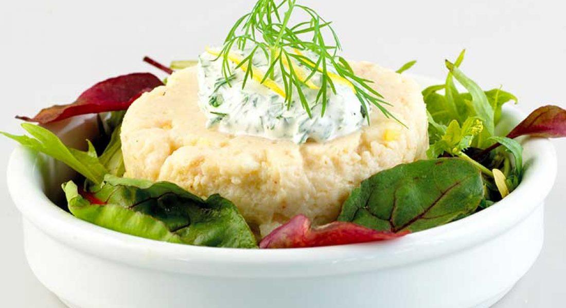 Fisk-og-krabbetimbal-med-urterømme-1