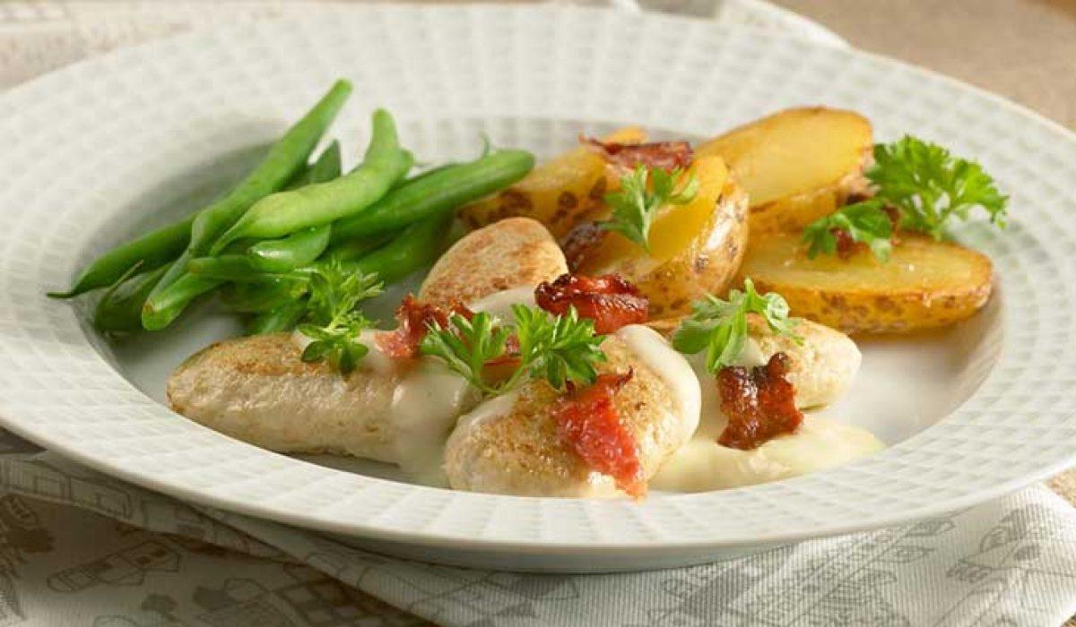 Fiskeboller-med-bacon-og-bønner-1-1