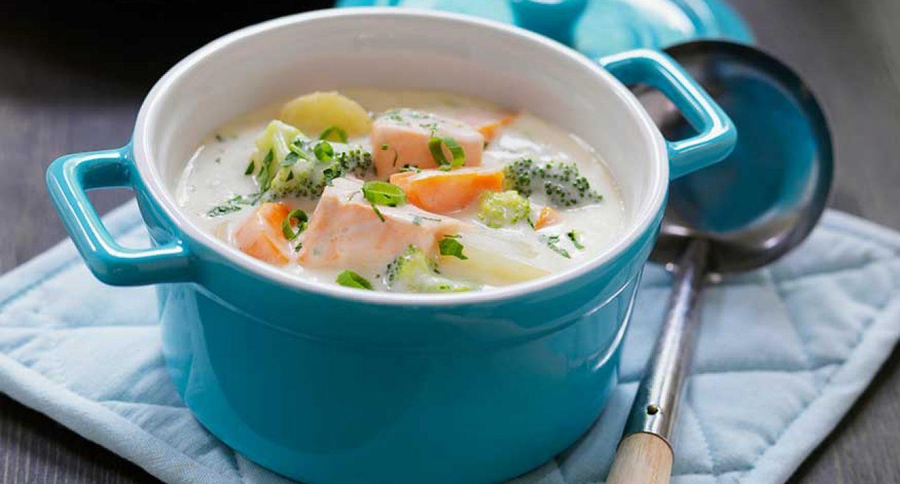 Fiskegryte-med-laks-og-grønnsaker