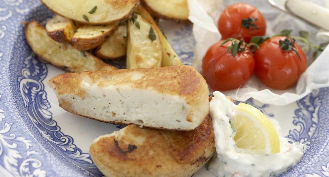Fiskekaker med epletzatziki og bakte tomater