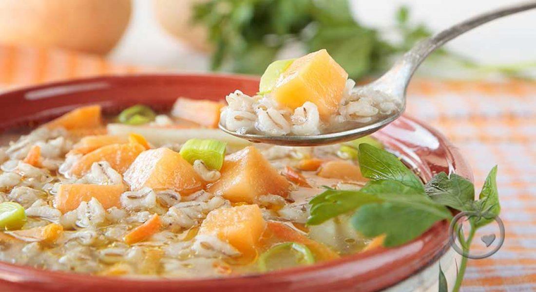 Fyldig-grønnsaksuppe