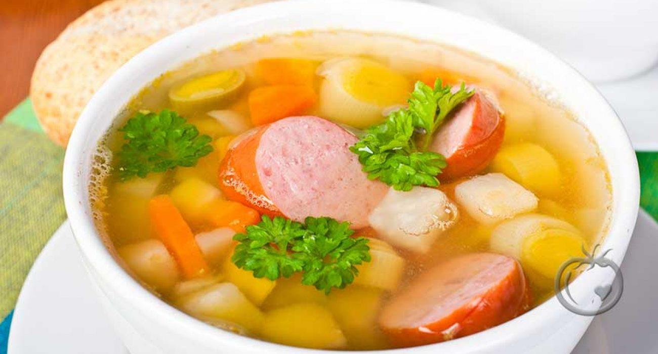 Grønnsaksuppe med pølse