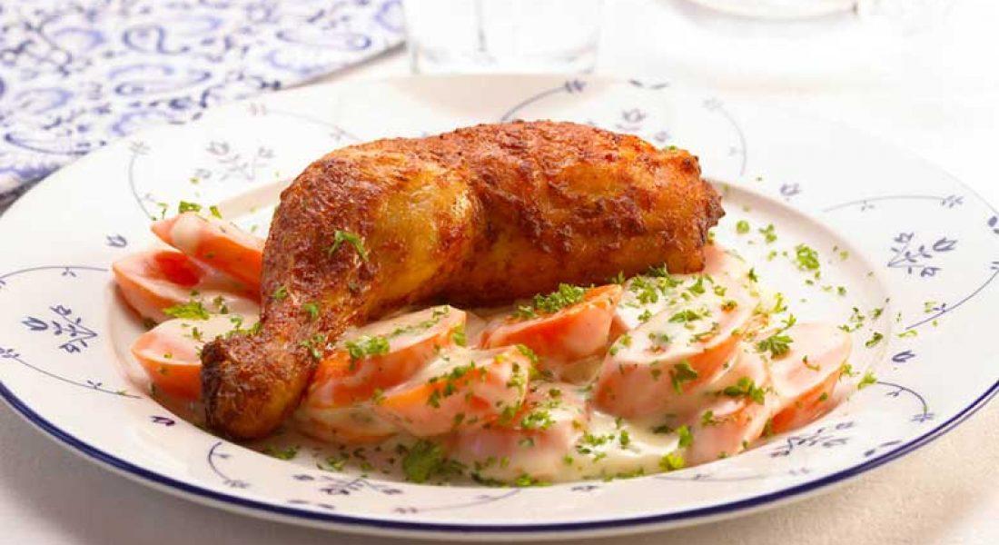 Grillede-kyllinglår-med-stuede-gulrøtter-1