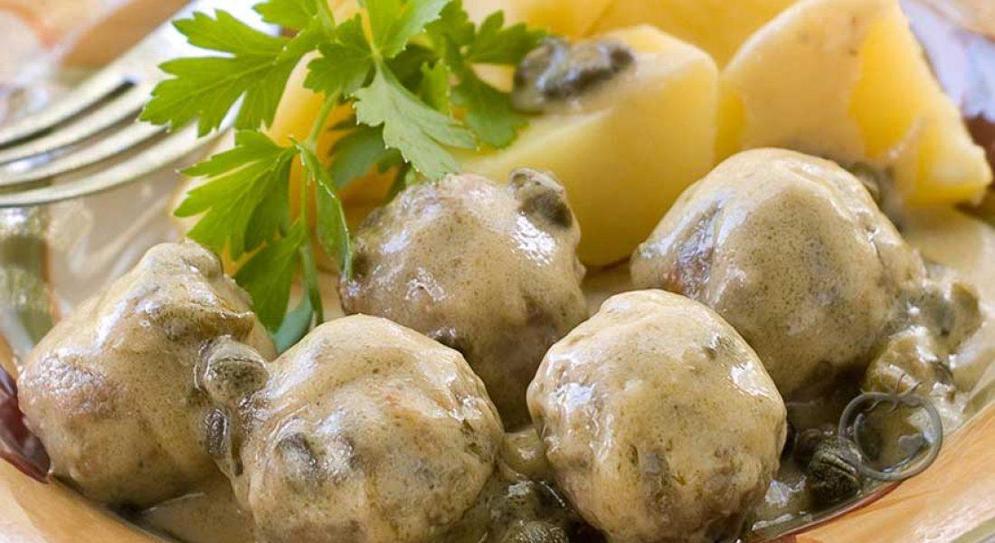 Kjøttboller med kremet saus