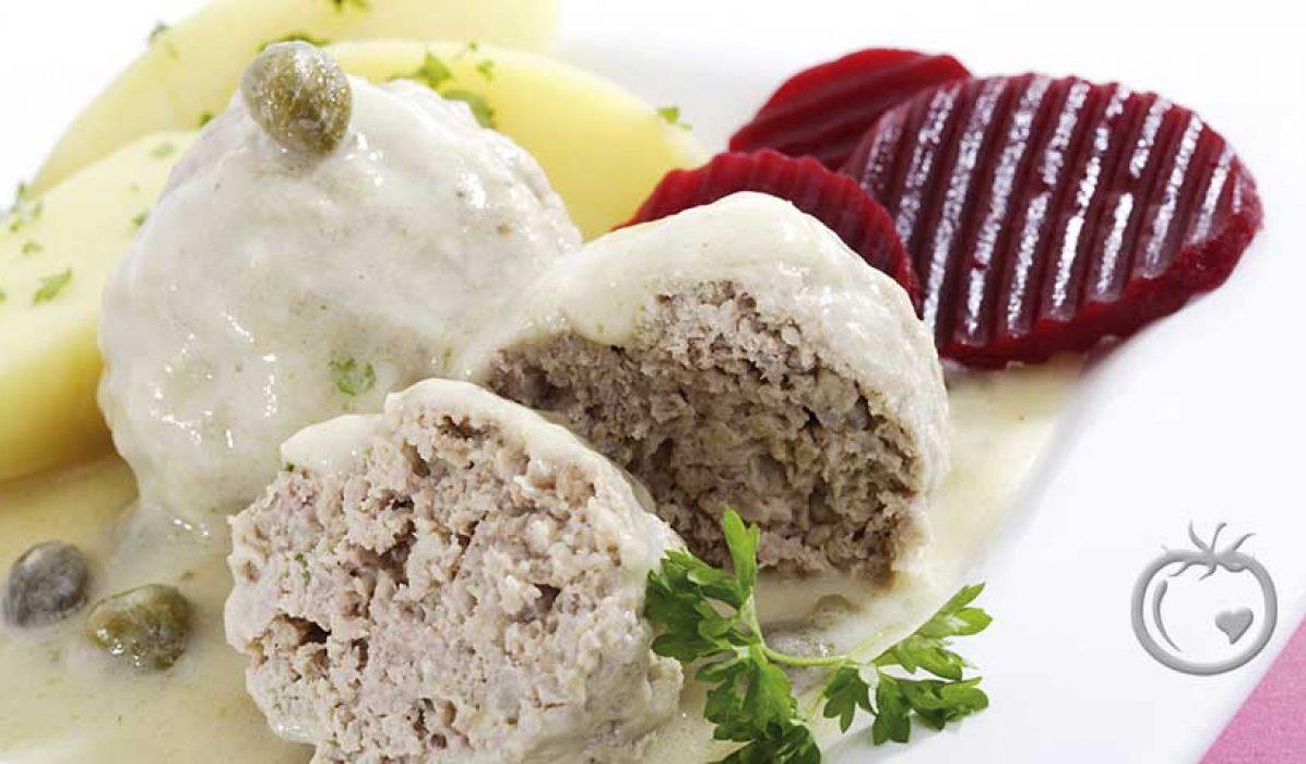 Königsberger Klopse (Tyske kjøttboller i kremet kaperssaus)