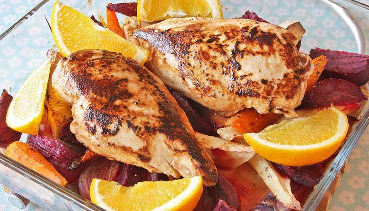 Kyllingfilet-med-appelsin-og-ovnsbakte-rotgrønnsaker-1