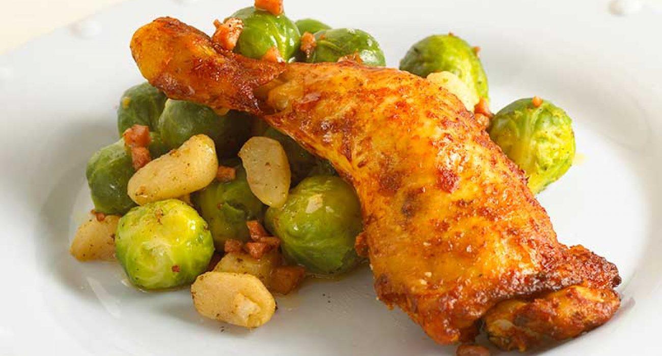 Kyllinglår-med-vannkastanjer-og-rosenkål-1