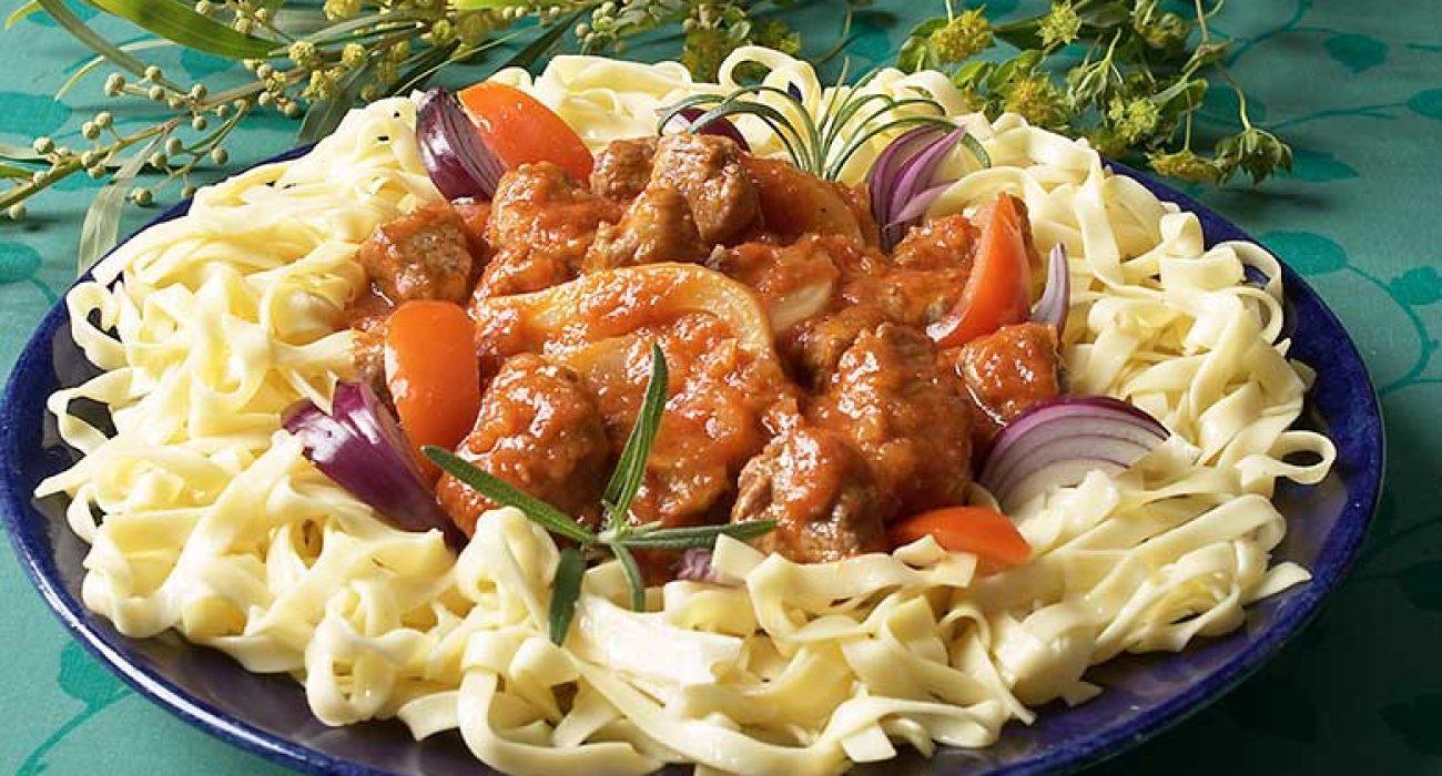 Lammekjott-med-fennikel-og-tomat-1