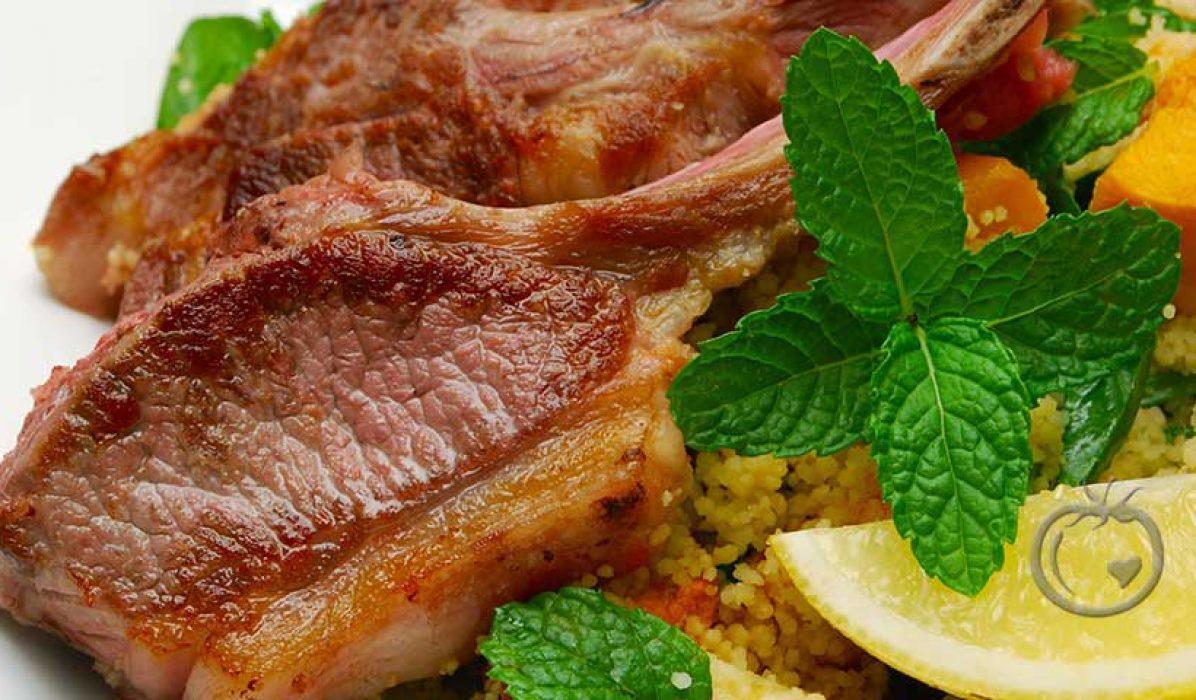 Lammekoteletter med couscous, fetaost og tzatziki2