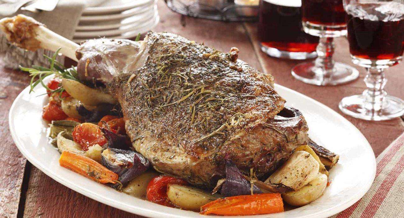 Lammestek-med-ovnsstekte-gronnsaker