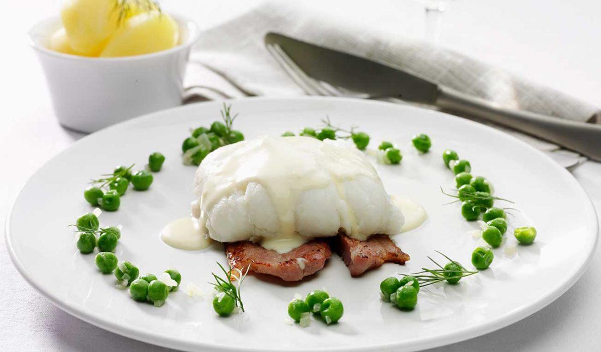 Lutefisk-med-hvitsaus