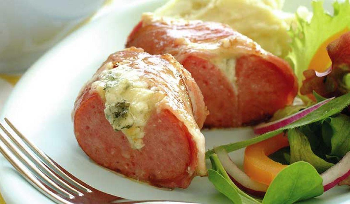 Pølsering-med-bacon-og-blåmuggost-1