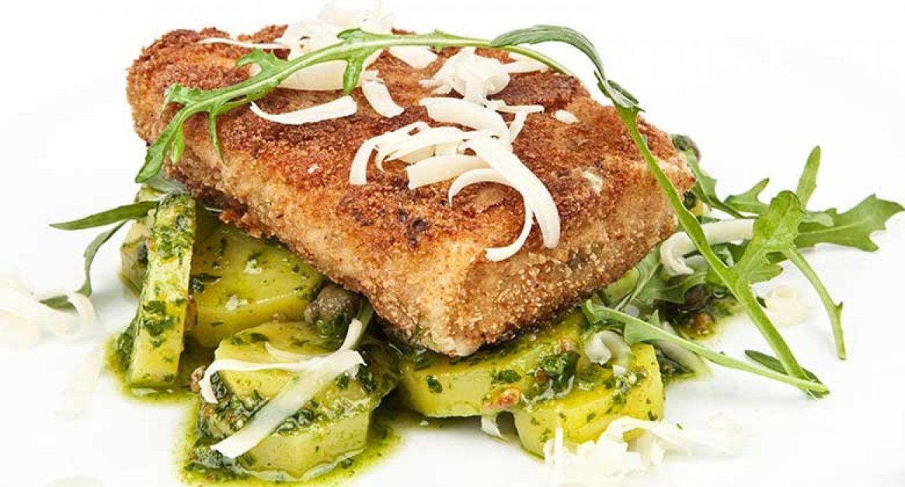 Panert seifilet med grønn potetsalat