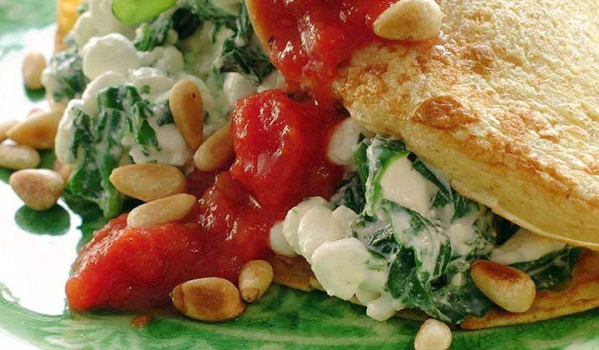 Pannekaker-med-spinatfyll-og-tomatsalsa