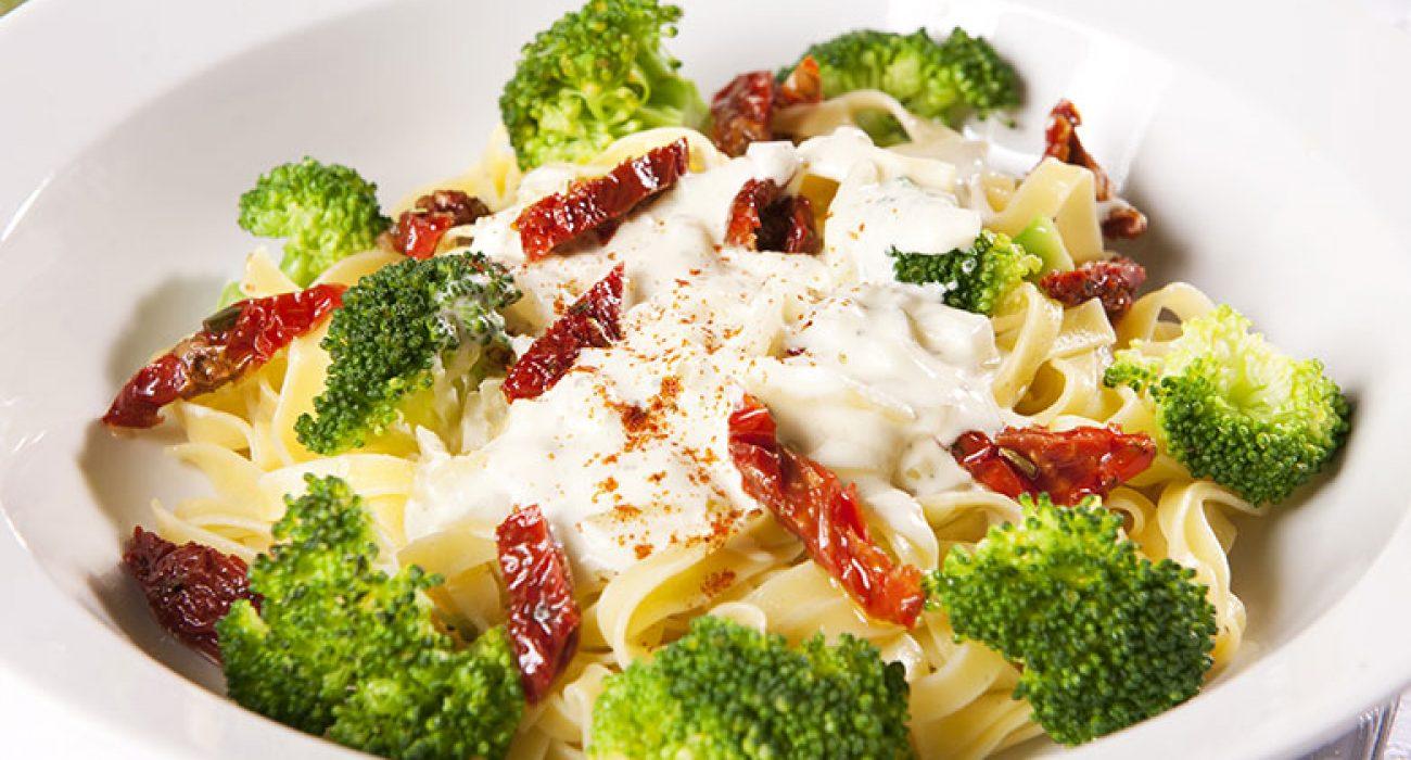 Pasta-med-brokkolisaus-1