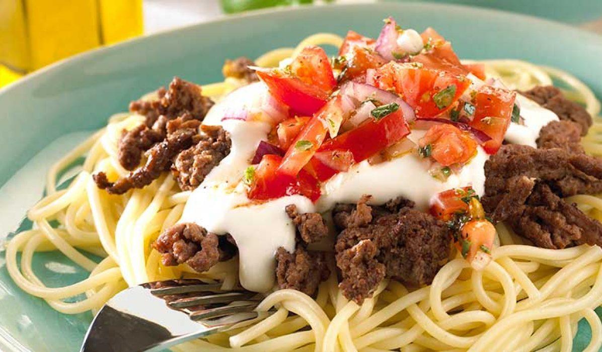 Pasta-med-kjottdeig-og-tomatsalsa-1