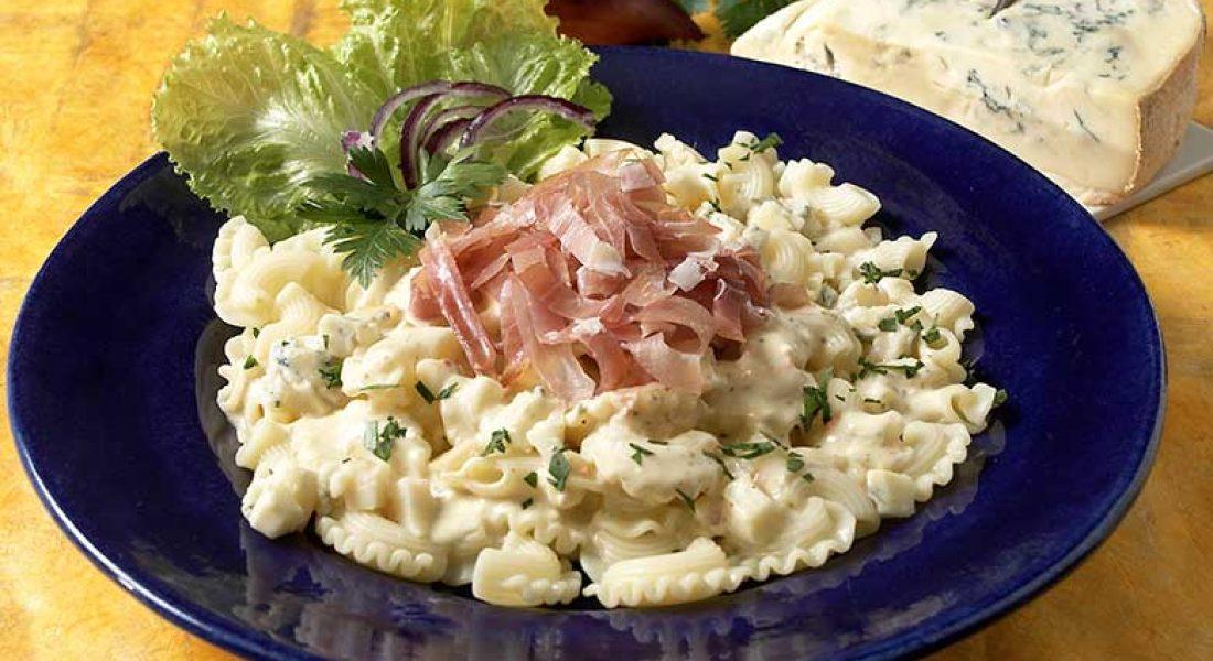 Pasta-med-spekeskinke-og-gorgonsola-1