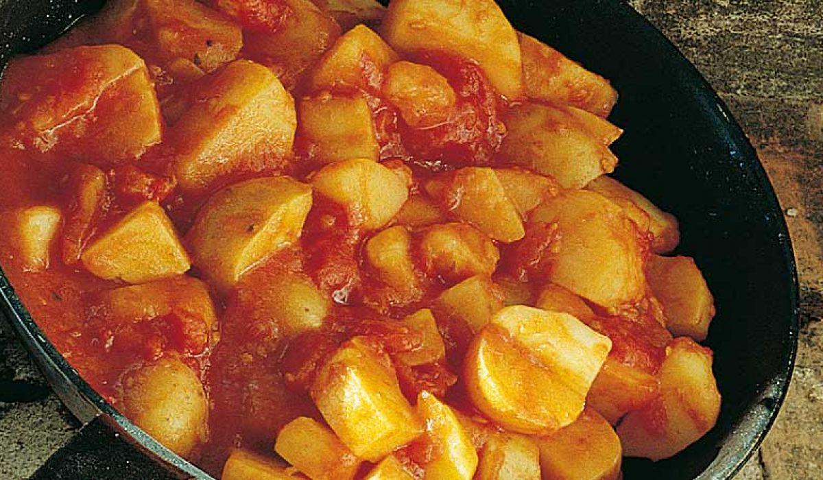 Poteter-i-tomatsaus-til-tapas-1