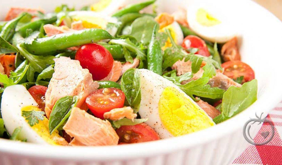 Salat Nicoise med sennepsdressing