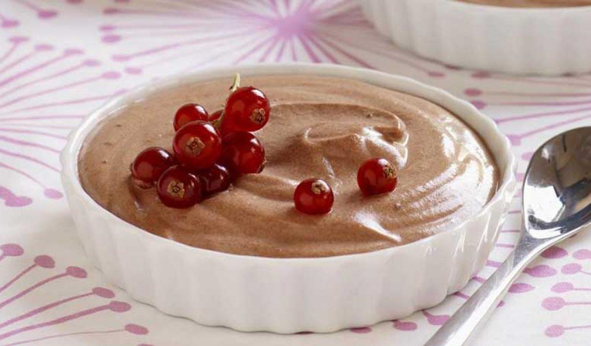 Sjokolademousse-med-vaniljekesam-1