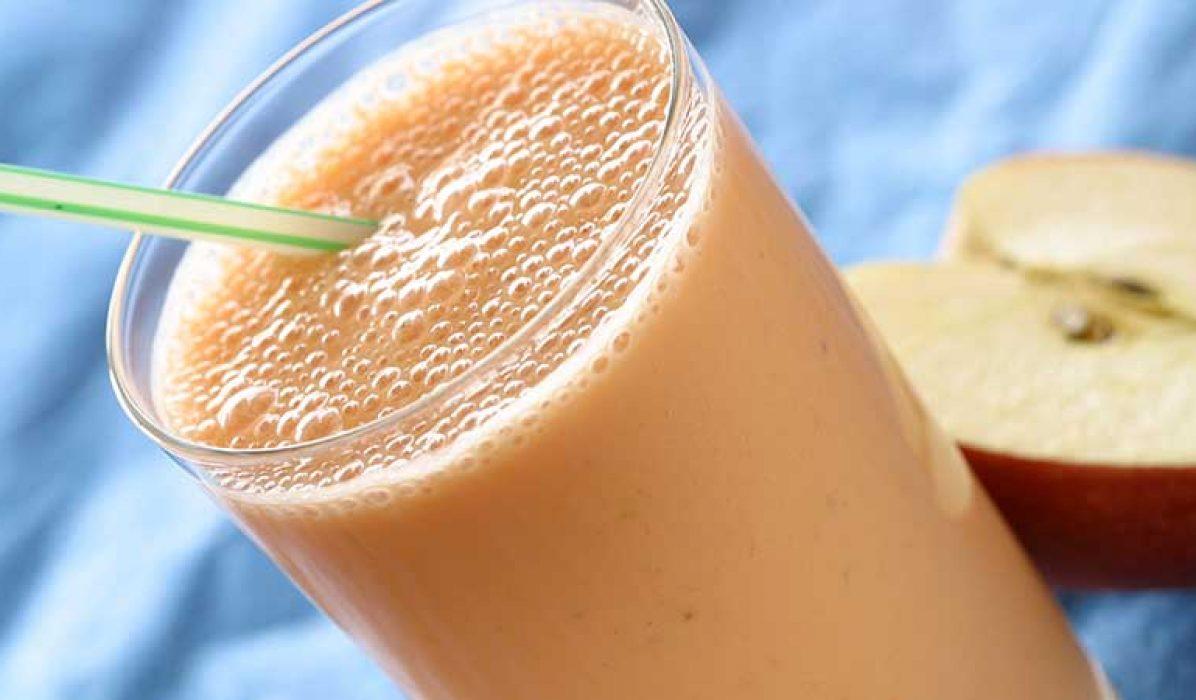 Smoothie-med-gulrot-eple-og-banan-1