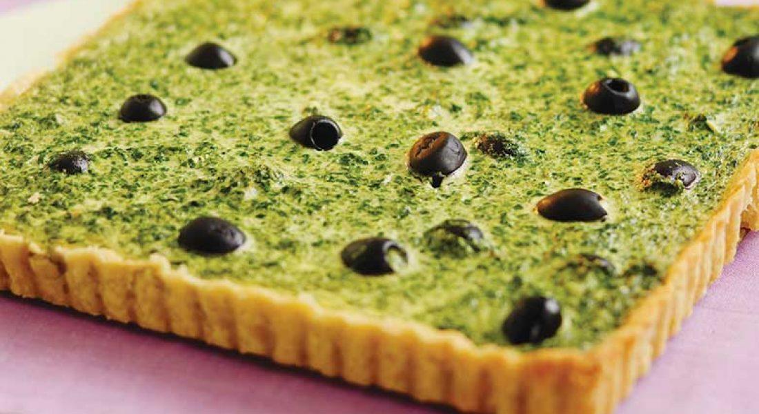 Spinat-og-olivenpai