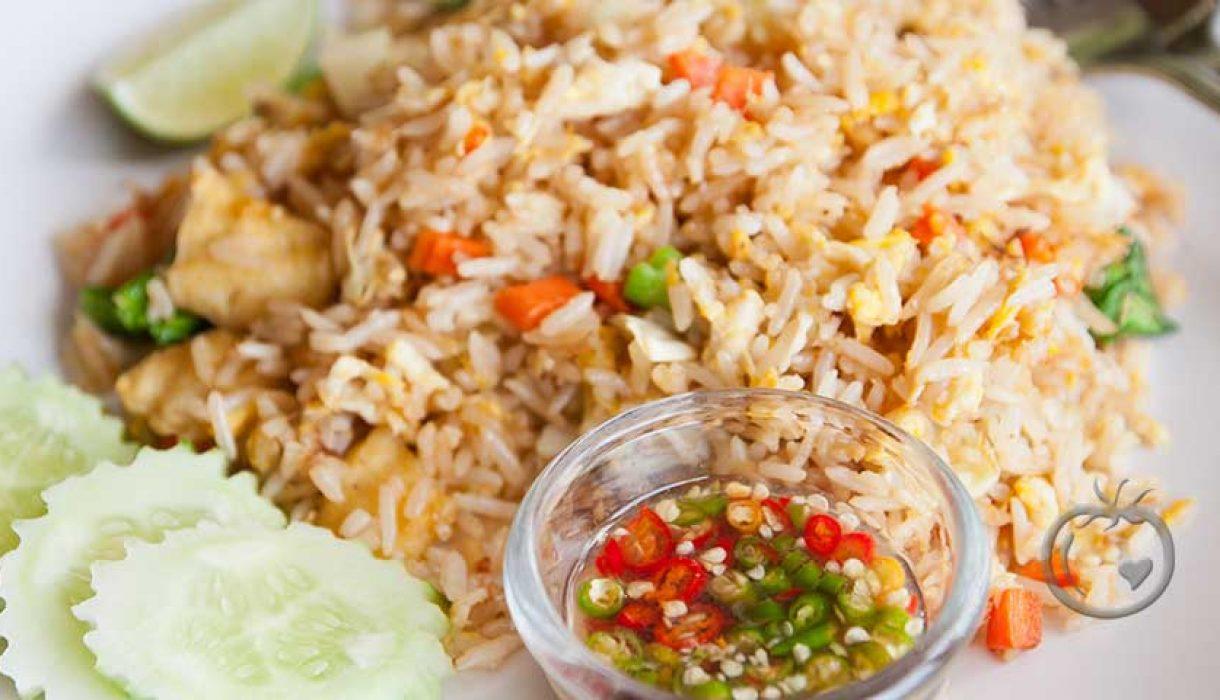 Stekt ris med svinekjøtt