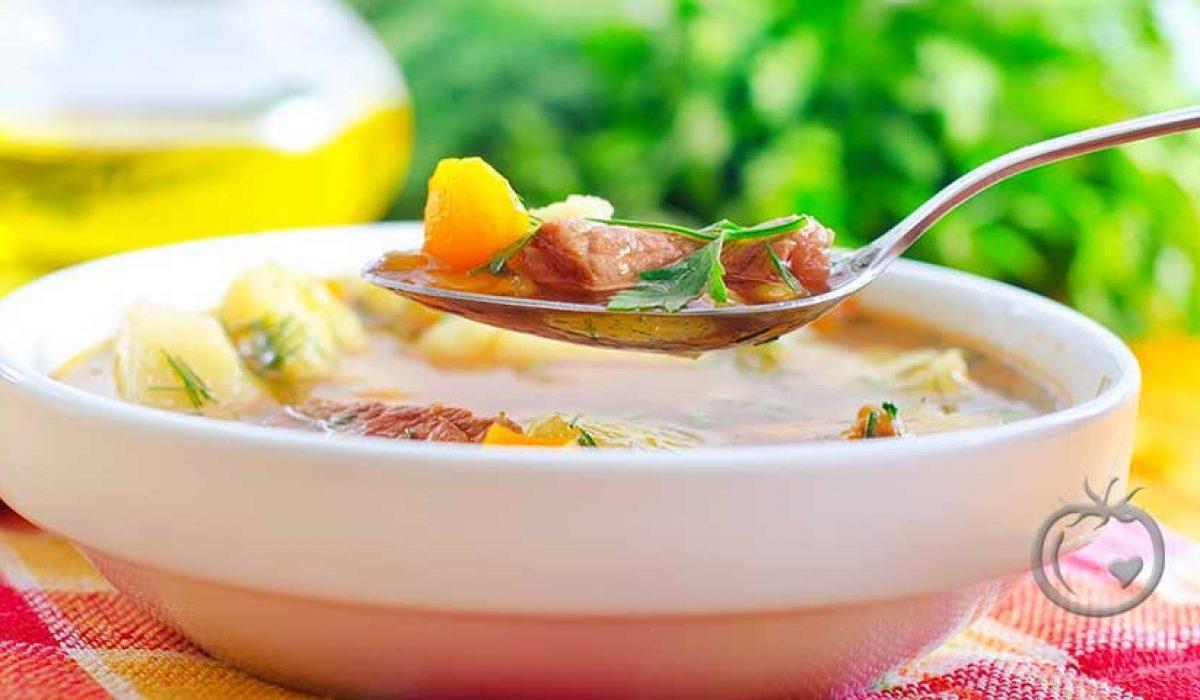 Suppe med svineknoke
