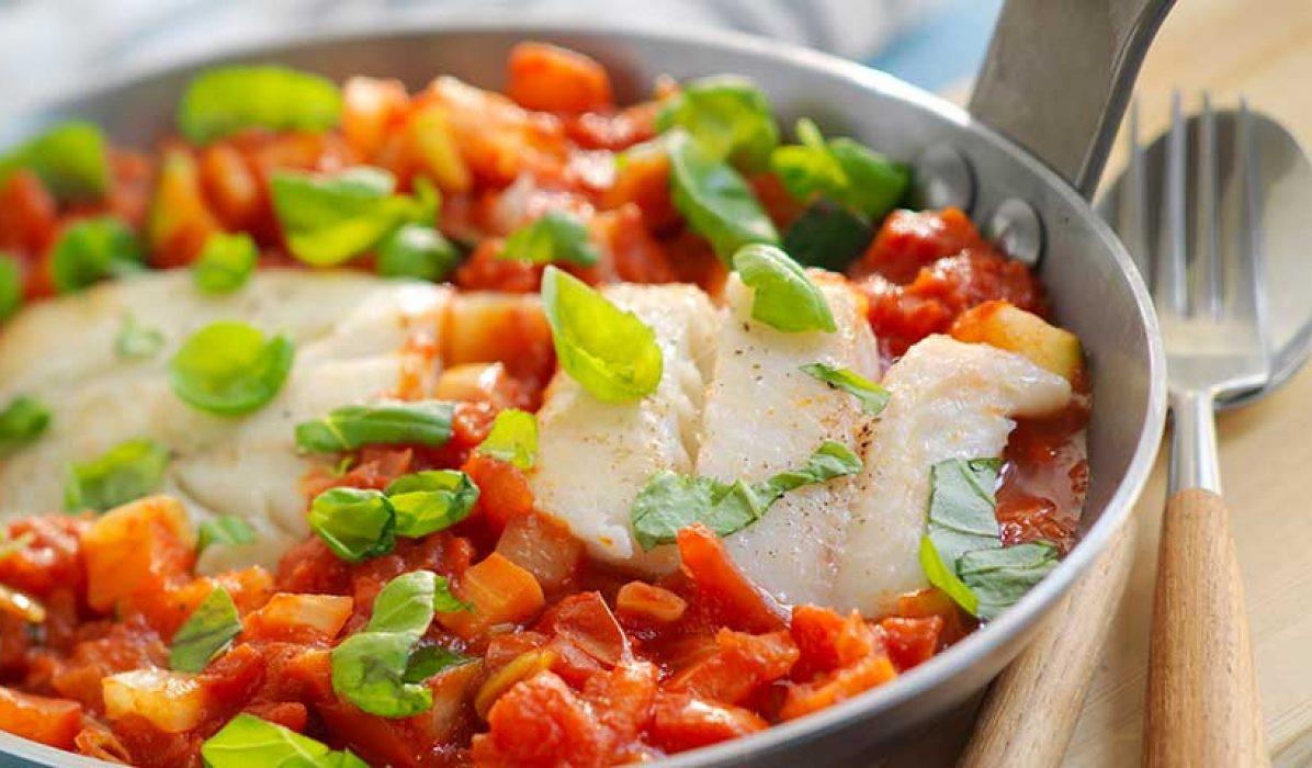 Tomatisert seigryte med grønnsaker