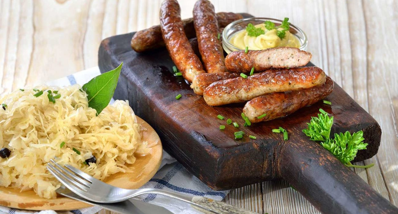 bratwurst-og-sauerkraut-