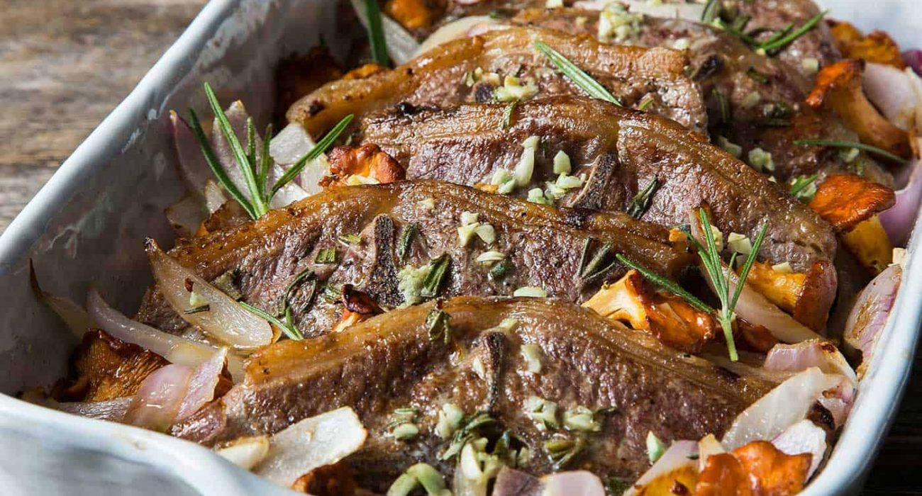 lammekoteletter i form med sopp og rosmarin 1
